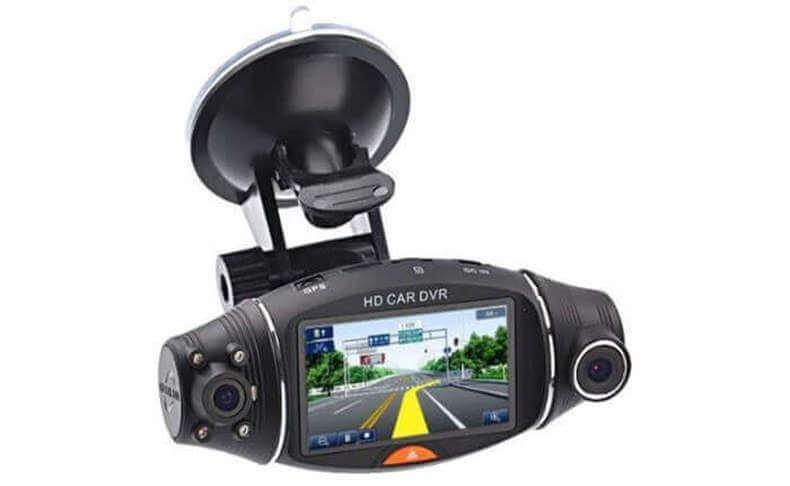 מצלמה דו כיוונית עם GPS מובנה