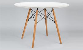 שולחן עגול מעץ