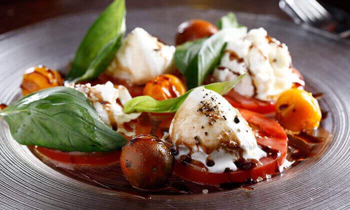 ארוחה זוגית איטלקית באיטלקייה בתחנה, נווה צדק