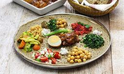 ארוחה זוגית במסעדת טנאת