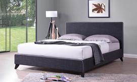 מיטה זוגית מרופדת