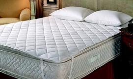ריפודית מגן מזרן למיטה