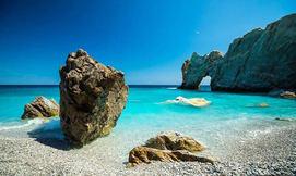 האי היווני סקיאתוס, כולל סופ