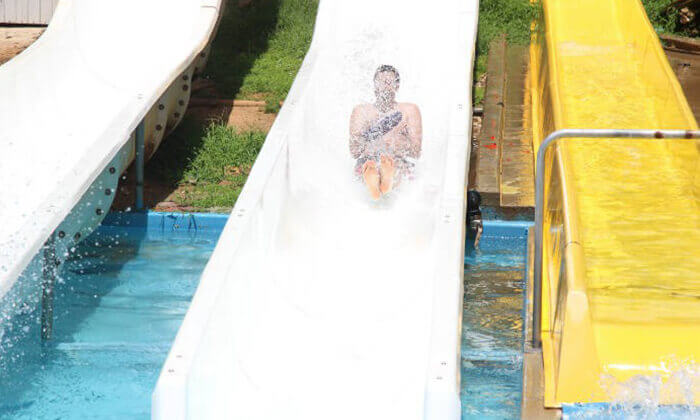 """כרטיס לפארק המים שפיים - גם בסופ""""ש עד אמצע אוקטובר"""