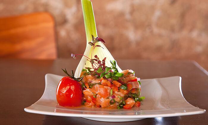 ארוחה במסעדת איטלקיה בתחנה, נווה צדק