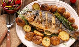 ארוחה בדרבי בר דגים ביגאל אלון